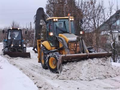 чистка дорог ноябрьска от снега