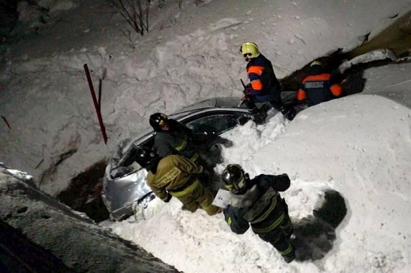 авария автомобиль упал в реку